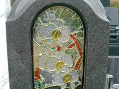 ステンドグラス墓石